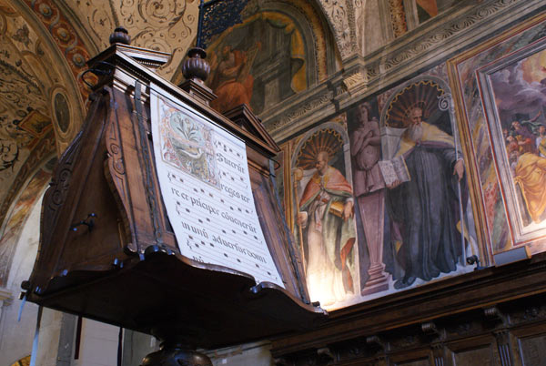 Virtual tour of the apse and choir